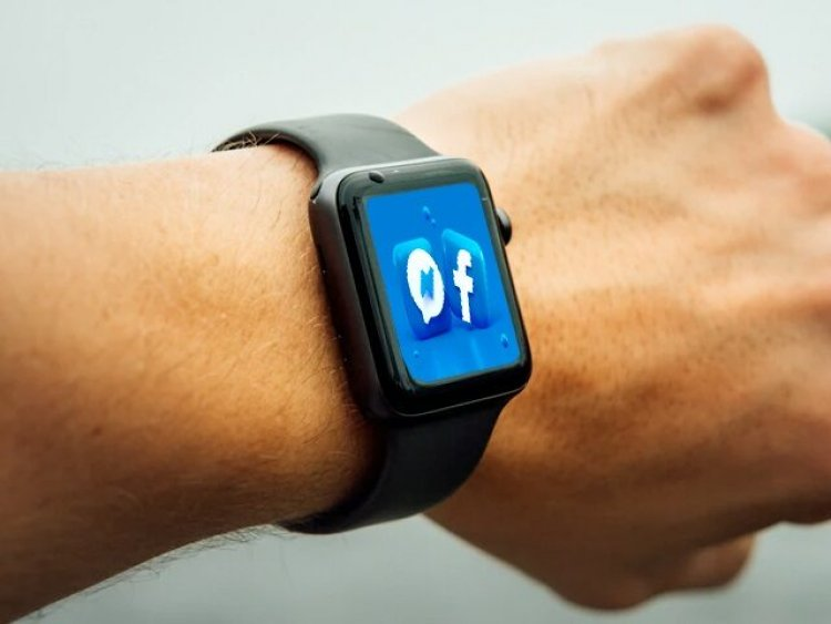 Facebook plans to release its first smartwatch with detachable cameras, Next Year