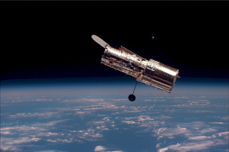 Hubble Telescope: That tells the story of space