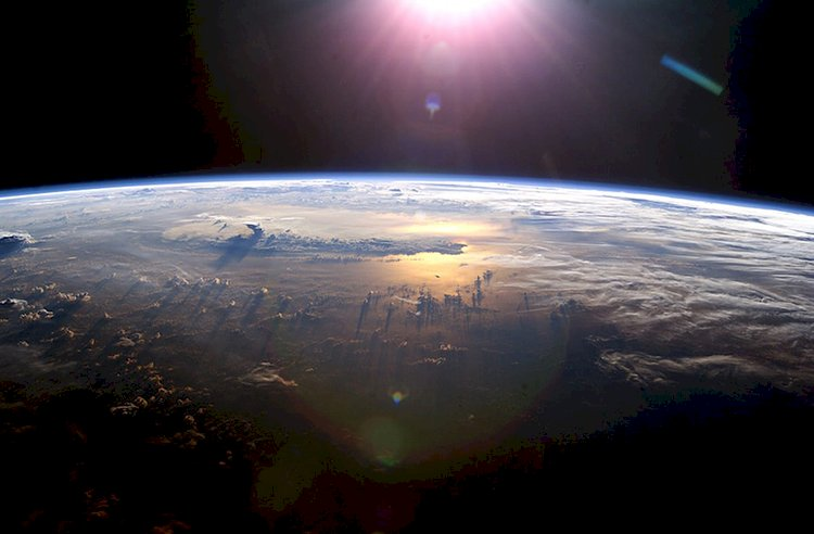 Ozone Layer and Greenhouse Effect