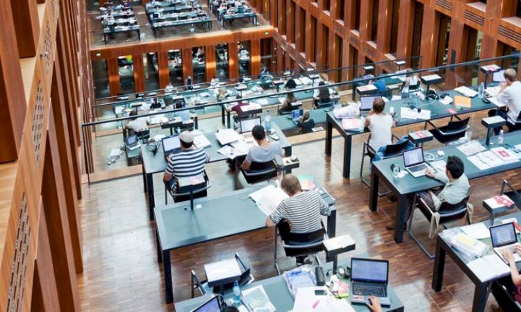 University Students Are Lagging In Studies For The Internet